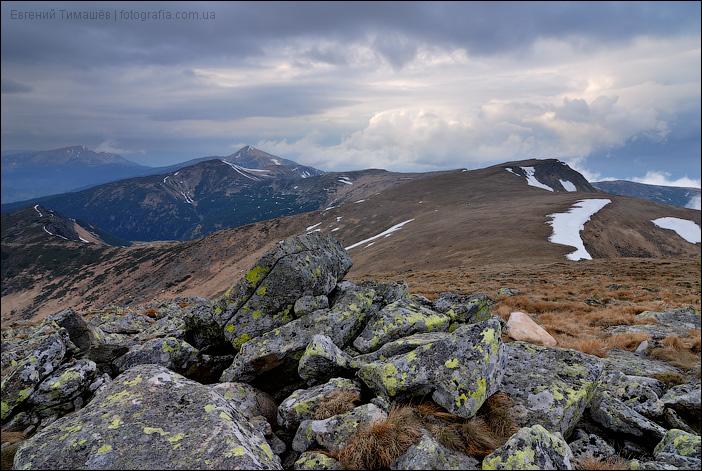 Карпаты, вид с вершины Гутин Томнатик