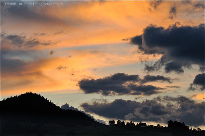 Закат в Дземброне