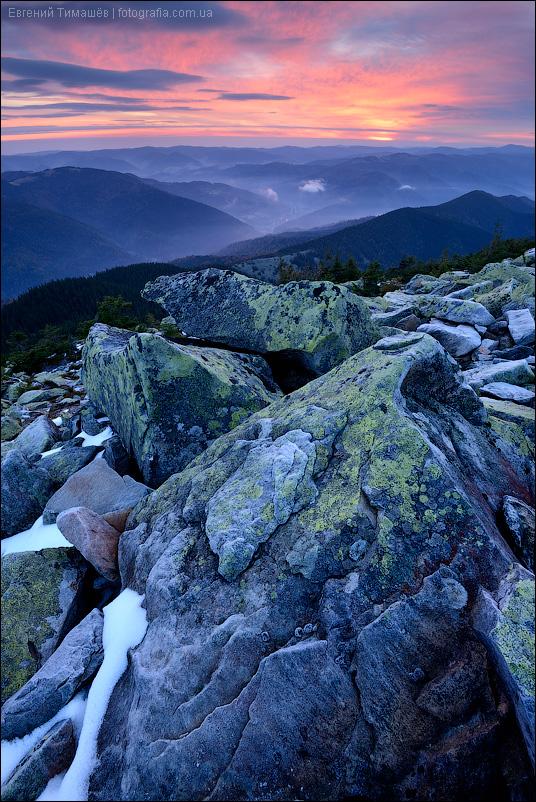Карпаты, вид с горы Хомяк