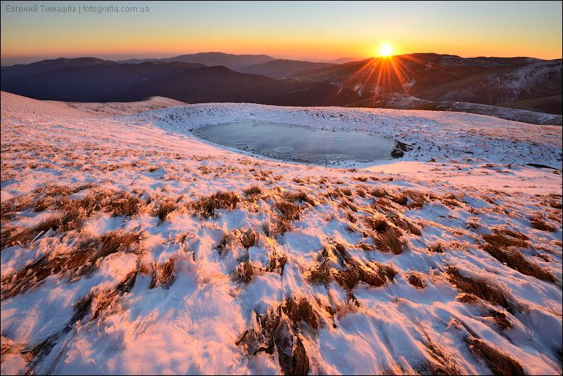 Свидовец, Карпаты, снег, горы, озеро