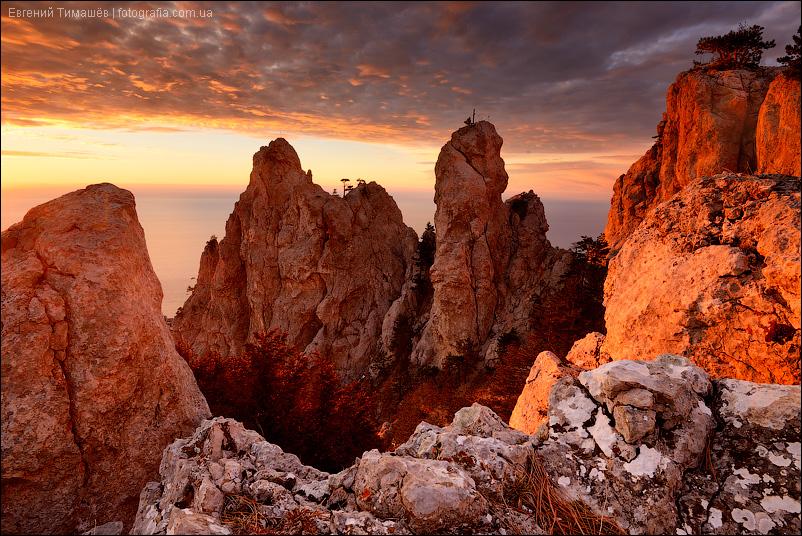 Крым, Ай-Петри, зубцы, горы, рассвет