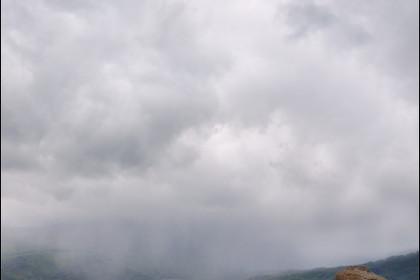 Приближается ливень